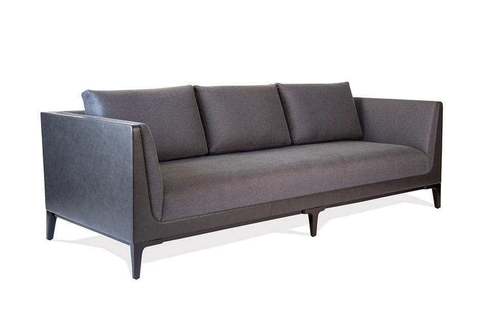 Barcelona Sofa. 1; 2; 3